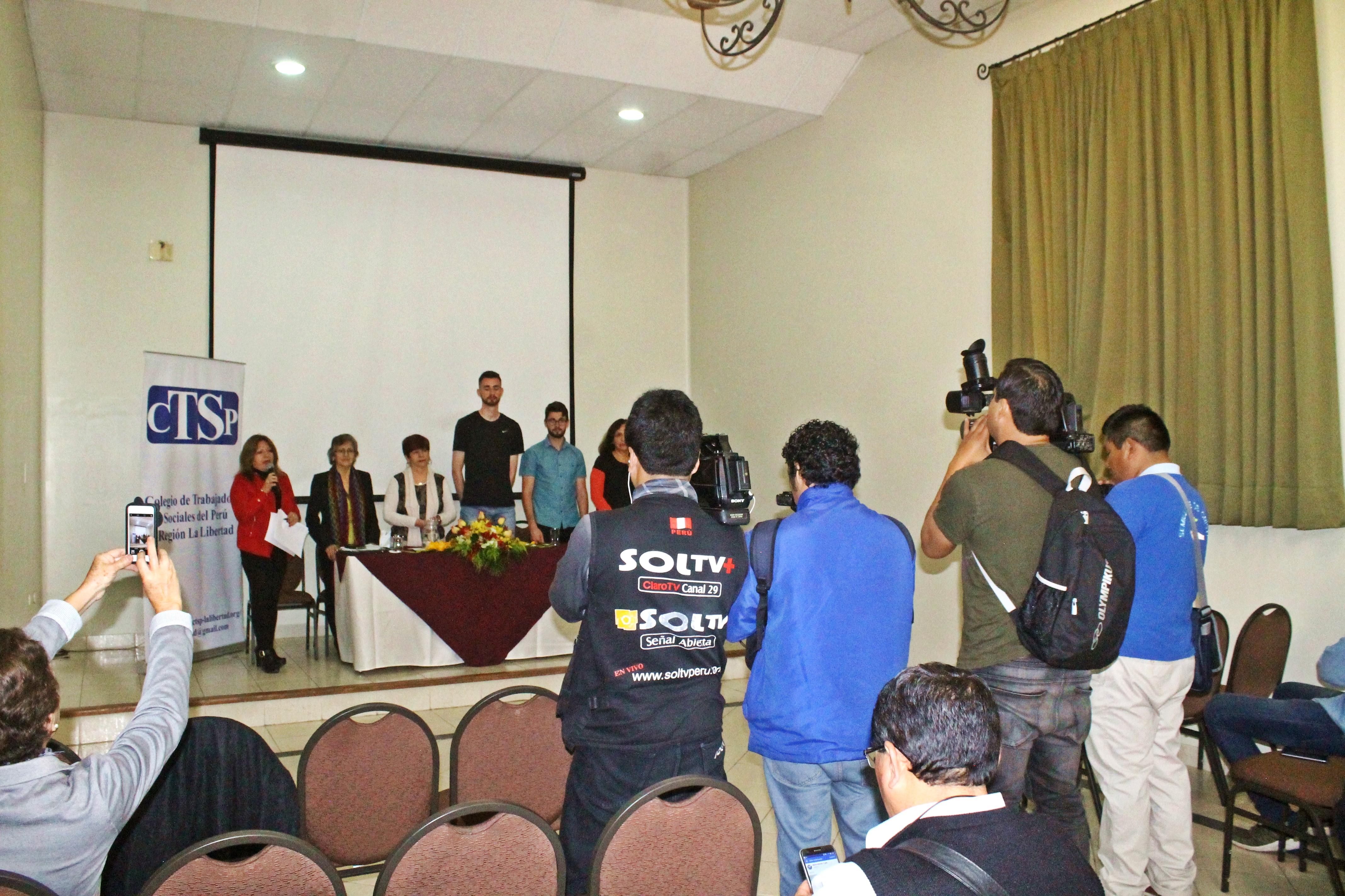 Conferencia de prensa por el 39° aniversario de Trabajo Social.